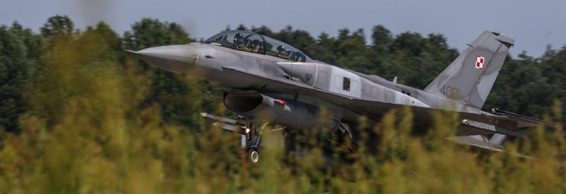 Samolot wojskowy - element slidera